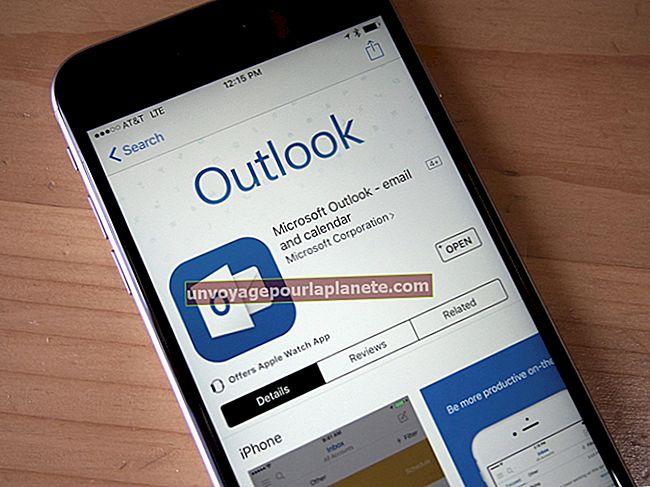 Como visualizar e-mails do Outlook em um iPhone